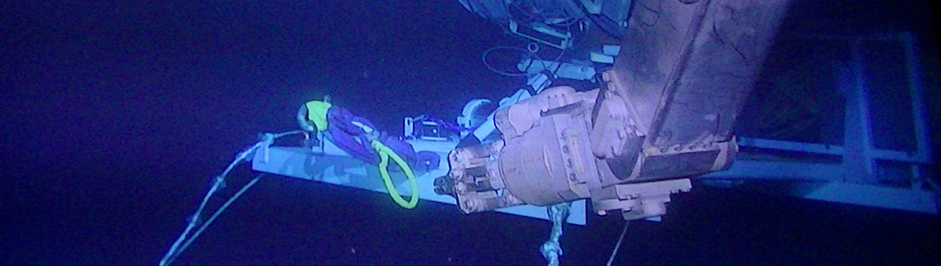 Arm of the ROV at a depth of 3500 m at KM3NeT-It
